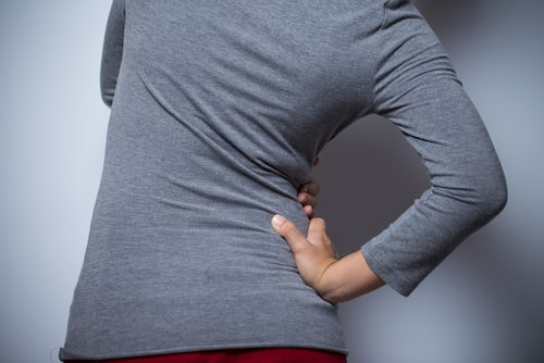 Woman has hip pain